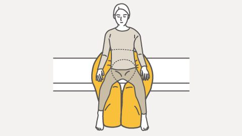 スネーク 端坐位の骨盤サポート